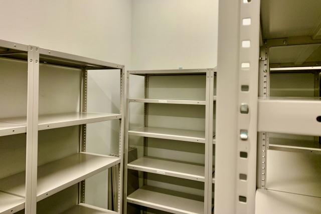 足立区不用品回収ライジング|本棚 回収品目例
